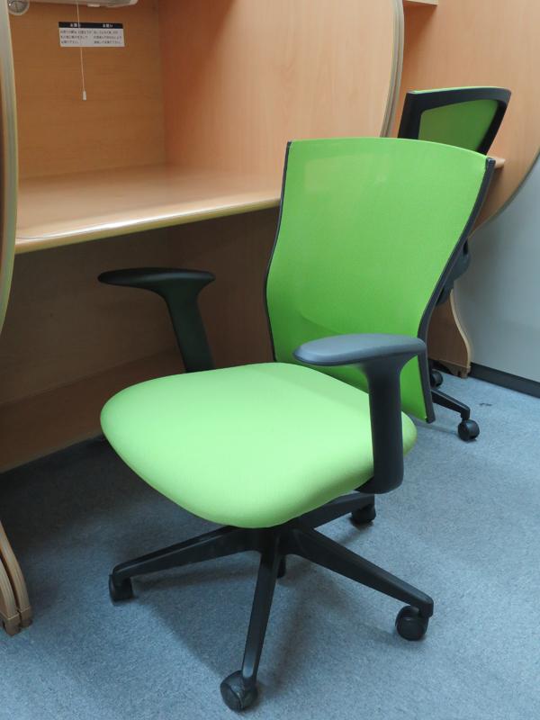 椅子の紹介
